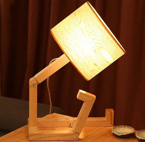 卧室床头灯怎么选 床头灯哪个牌子好