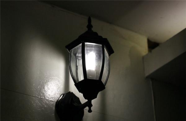 如何选购壁灯 壁灯的厂家有哪些