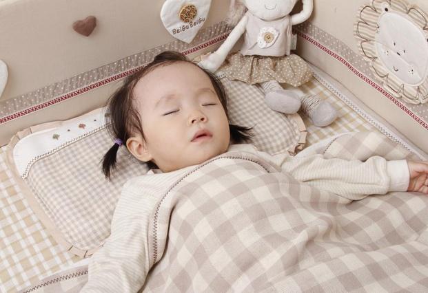 婴儿枕头高度多少合适_搜狐焦点家居_建材导
