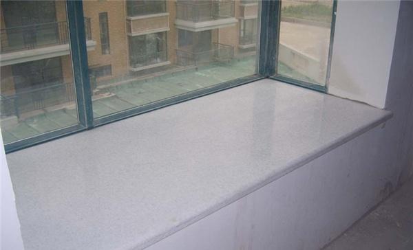 要把飘窗的设计弄好,和地板有一个很好的衔接,收边的时候可以用实木