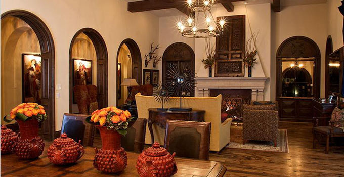 欧式客厅装修效果图,尽显雍容华贵