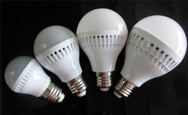 声控灯泡的工作原理及安装