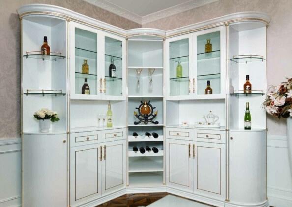其次:餐厅酒柜的尺寸为800*480*1200mm,这种尺寸的柜子就可以设计