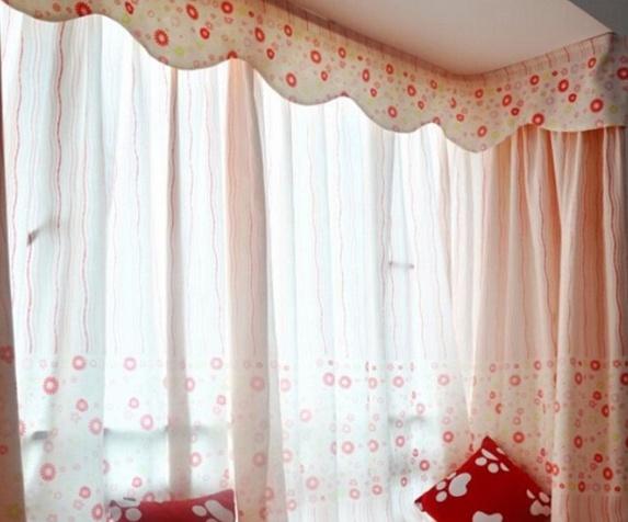 飘窗窗帘安装方法三:室内侧装窗帘杆