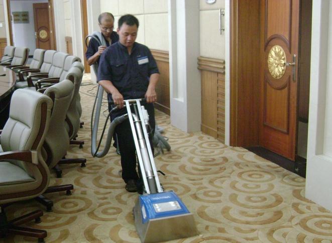 家用地毯怎样清洗 家用地毯清洗方法
