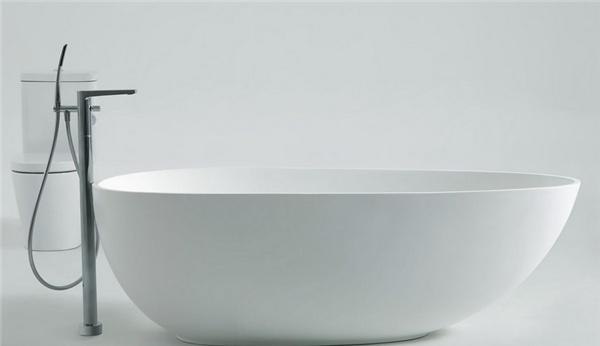 浴缸的尺寸多少合适