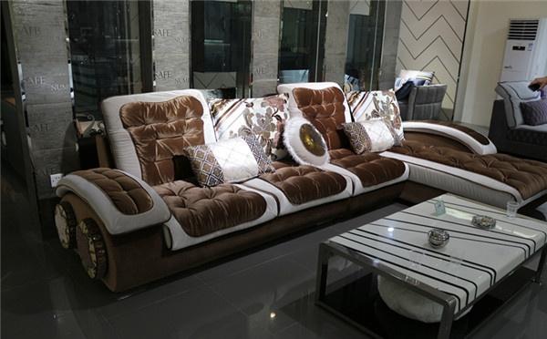 欧式布艺沙发怎么清洗 欧式布艺沙发清洗技巧