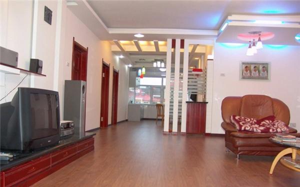 艺术拼花地板,古船木马赛克,纯实木墙板,美式地板,特色工艺地板,户外图片