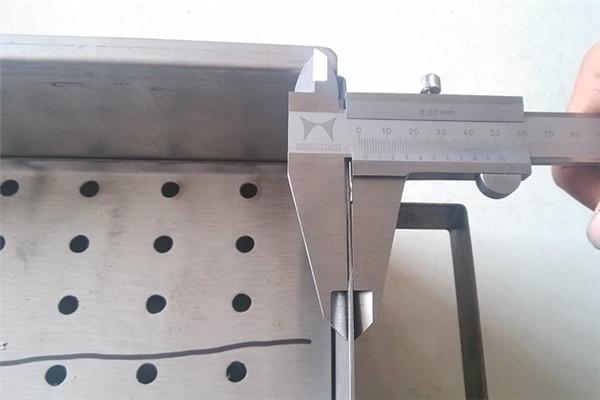 如何自制烧烤架 自制简易烧烤架教程