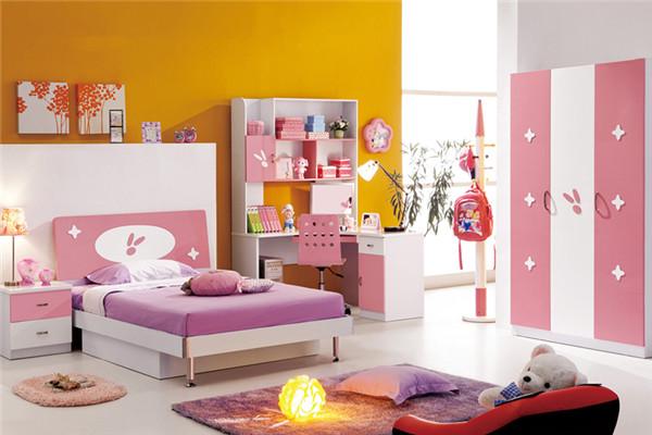 设计师或艺术家吧,儿童组合家具虽然可以分成不同的