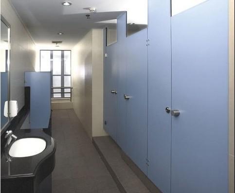 卫生间隔断验收标准_公共卫生间隔断尺寸标准,公共卫生间隔断装修