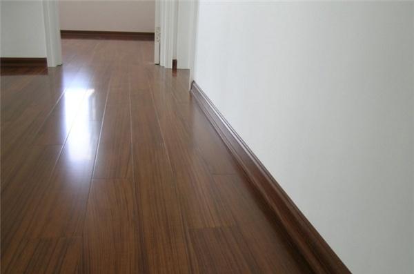 木地板的颜色怎么选